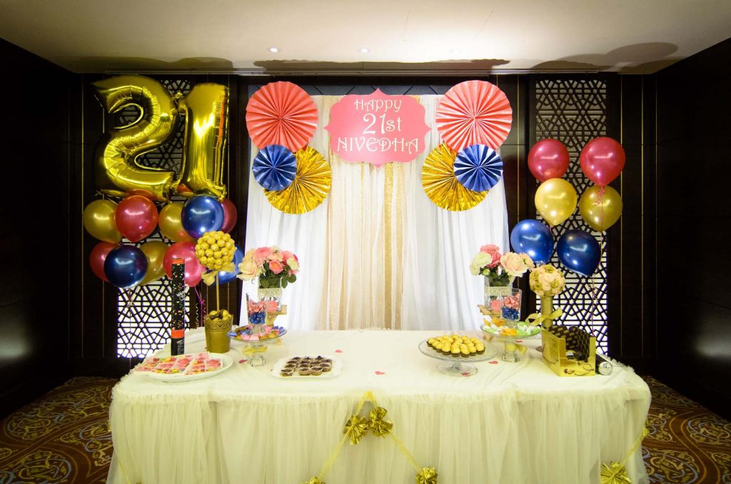Nivedha 39 s 21st birthday party shilton tan photography for 21st bday decoration ideas