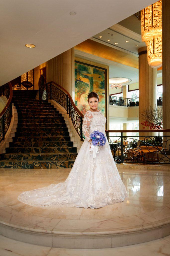 A portrait of the bride at Shangri-La Hotel.