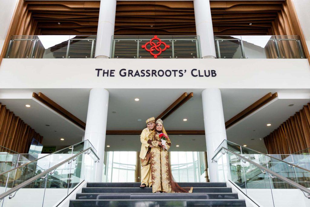 A portrait of the couple at a Singapore Malay wedding, photo by Singapore wedding photographer Shilton Tan.